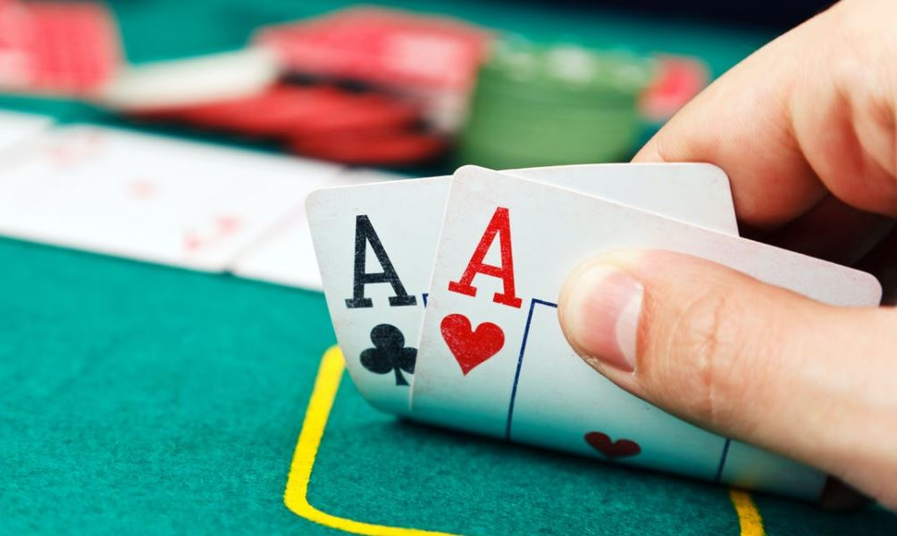 Facts About Online Poker Gambling Games Are So Popular